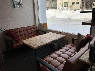CAFE MARUYAMA STUDIO CAFEスペースの室内の写真