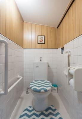 トイレ - MH Houses 京都玉華苑の室内の写真