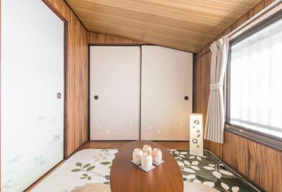 二階の茶室 - MH Houses 京都玉華苑の室内の写真