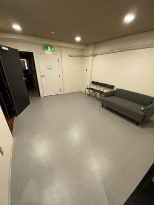 「KiT-UP」 Aスタジオの室内の写真