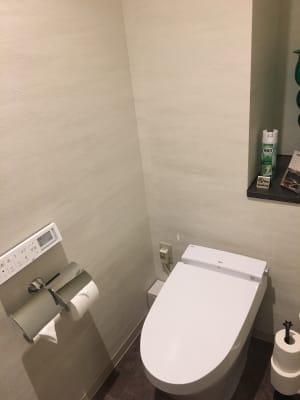 専用トイレ - ルームレストラン バチェラー モネの設備の写真