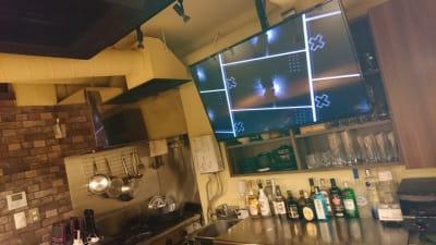 大型60インチモニター完備 - 渋谷のoasis 居心地ワークスペースの室内の写真