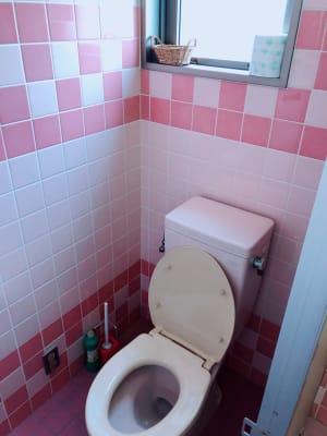 男女別トイレ - スタジオ・ブロードウェイ 70平米の貸し会議室の設備の写真