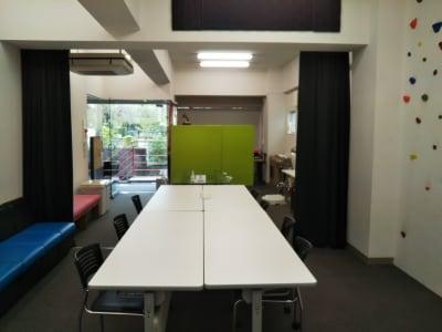 シロホリ側から見たスタジオ内 - トライアンフ四谷スタジオ レンタルスタジオの室内の写真