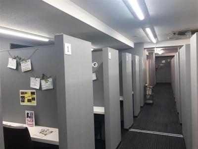 東京ラウンジ4F 【A-3】コワーキングスペースの室内の写真