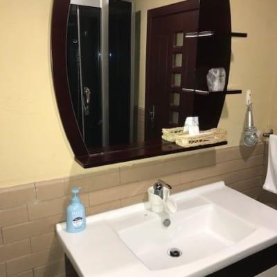 お部屋に洗面台完備 - 鬼岩湯本館 個室ワークスペースの設備の写真