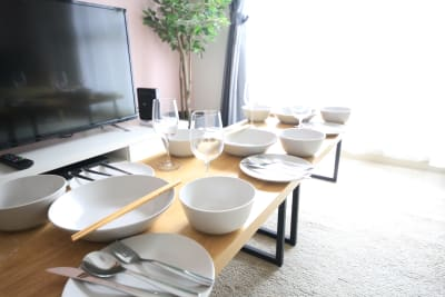 食器は6人分以上の用意があります。 - ケイアンドテイ心斎橋 602号室の設備の写真