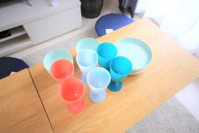 プラスチックの食器も用意しています。 - ケイアンドテイ心斎橋 602号室の設備の写真