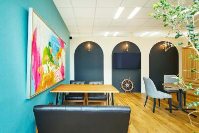 会議室ラ・メール - アニバーサリークルーズ 会議室ラ・メールの室内の写真