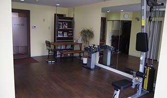 DIETA外苑前 オフィス兼フィットネスジムの室内の写真