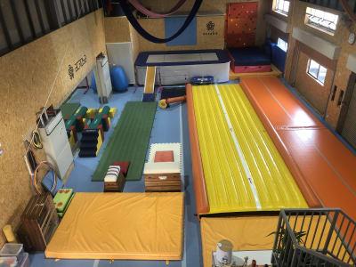 スタジオ内 - Acroba(アクロバ) 運動施設・大型スペース・用途多数の室内の写真