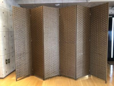 高さ180cmの六連のパーテーション - レッスン&レンタルスタジオ StudioBoo-Thang スタジオの設備の写真