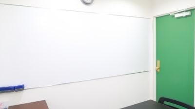 レンタルスペース  パズル浅草橋 セミナールーム・貸し会議室2Bの室内の写真