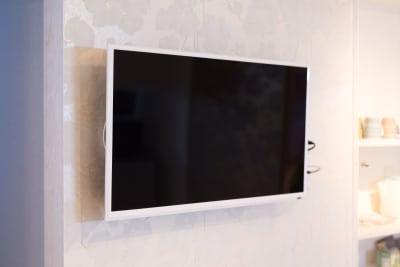 壁掛けテレビ - パピヨンパラダイス東新宿  3LDKの室内の写真