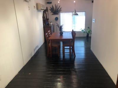 家具は撤去可能です - L目黒 サロンスペースの室内の写真