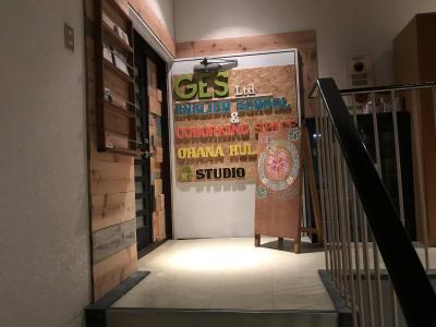 ビルの3Fに上がるとこちらのメインドアがございます。 - G studio ヨガスタジオ・貸スタジオの入口の写真