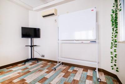 フレンチ神田会議室の設備の写真