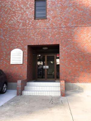 フマニタスビルレンタルスペース 3階・多目的会議室フロアの入口の写真