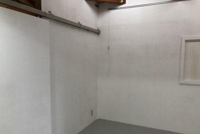 アトリエSubaru ギャラリーフロア(多目的な用途)の室内の写真
