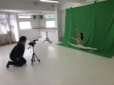 写真スタジオ YouTube撮影も可能 - 臼倉バレエスタジオ 多目的スタジオの室内の写真