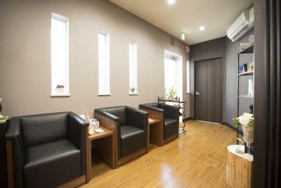 エントランス - レンタルサロン 学芸大学 サロンスペースの室内の写真