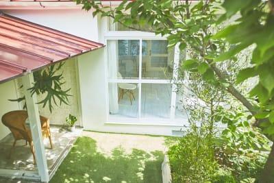 アクセス便利!堀江エリアの庭付きハウススタジオ! - N-studio 庭付き自然光ハウススタジオの室内の写真