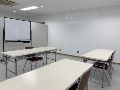 壁面にホワイトボード - 会議室 PAL 貸し会議室 PALの設備の写真