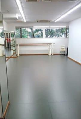 中村隆彦ダンススタジオ北習志野 ダンススタジオの室内の写真