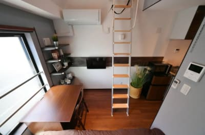 stylewood三軒茶屋 ロフト付き多目的作業スペースの室内の写真