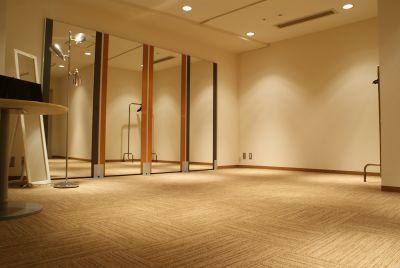 ファースト・プレイス東京 第5スタジオの室内の写真
