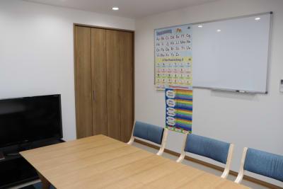 ホワイトボード - レンタルスペース ムーミン 貸し会議室の設備の写真