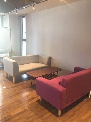 D➜スタート心斎橋 ヘアメイクスペースの室内の写真
