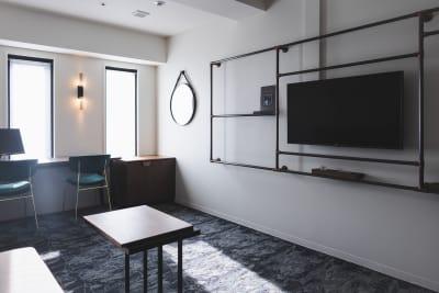 ザライブリー大阪本町 テレワーク専用ルームの室内の写真