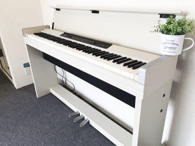 【ピアノ完備】下北ざわ防音部屋。 録音ブース付レンタルスペースの設備の写真