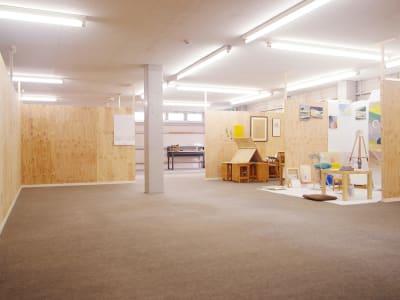 併設したアーティストの制作アトリエ - ONVO STUDIO INA レンタルスタジオの室内の写真