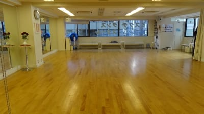ミズグチダンススクール レンタルホールの室内の写真
