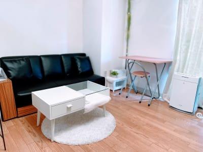 レンタルスペースミディ川崎店 レンタルサロン、会議室の室内の写真