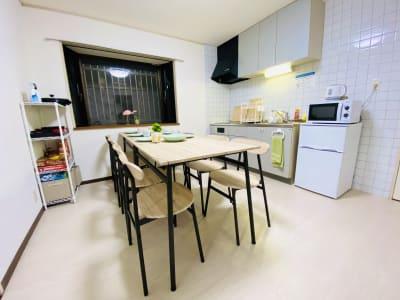 キッチン用品も揃っていますよ。 - SMILE+ずーしばランド天王寺 パーティスペースの室内の写真