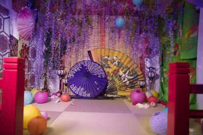 藤の間 - 変身写真館 彩華 桜・紅葉・藤の間のどれか一室の室内の写真