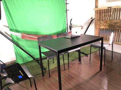 背景スクリーンは黒、白、グリーンをご用意 - ef(エフ)ガーデン神南Ⅰ 貸し会議室★エフガーデン神南の室内の写真