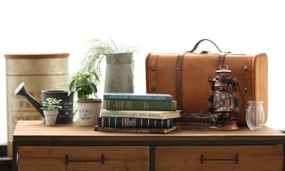 フレンチアンティークの家具と小物も多数 - ブルックススタジオ テラス付きハウススタジオ の室内の写真