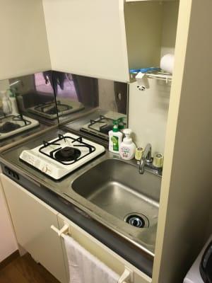 キッチン完備 料理利用できます - スペースHIRAO 薬院駅から徒歩5分!最上階角部屋の室内の写真
