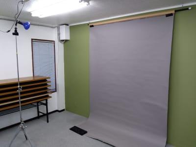 個人撮影用に背景設置してみました。 - 大京クラブ【レンタルスペース】 【多目的スペース】の設備の写真