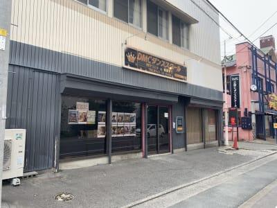 西鉄花畑駅から広又方面に向い途中左側です 道路向かいには内藤病院さんがあります - 久留米レンタルスタジオ DMC スタジオ貸切の外観の写真