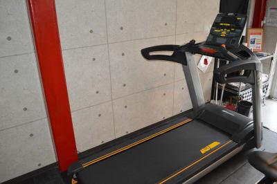 トレッドミル - ARUKAビル SinwaTrainingGymの設備の写真