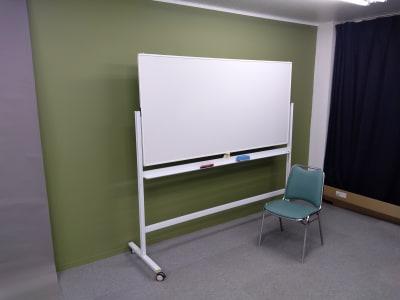 常設設備として 会議用にホワイトボードを設置しました。 - 大京クラブ【レンタルスペース】 【多目的スペース】の設備の写真