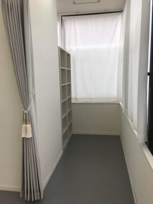 更衣室 - N.studio ダンススタジオの室内の写真