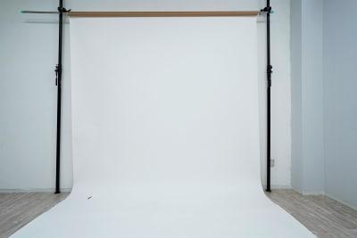 天井高3.8mでペーパーも余裕をもって垂らせます - スタジオ「μ」(スタジオミュー) 撮影スタジオ(ハウススタジオ)の室内の写真