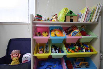 キッズスペースのおもちゃ - ハルイロの部屋 長堀橋 多目的レンタルスペースの設備の写真