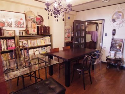 小さな談話室S 多目的カルチャー空間の室内の写真